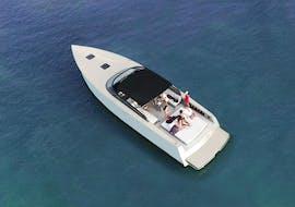 Balade privée en bateau de luxe aux Pakleni incl. Blue Cave avec Hvar Boats