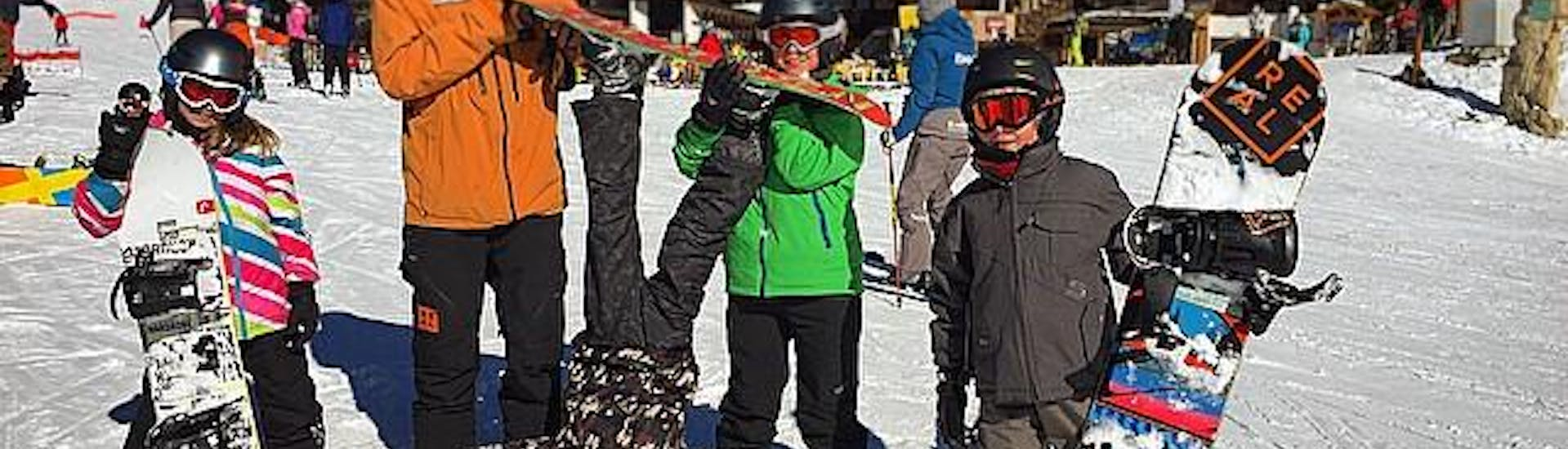 Kid's Christmas Snowboard Lessons!