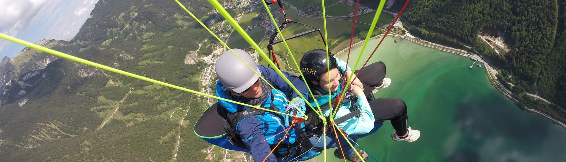 Tandem Paragliding over Achensee - Discovery Flight