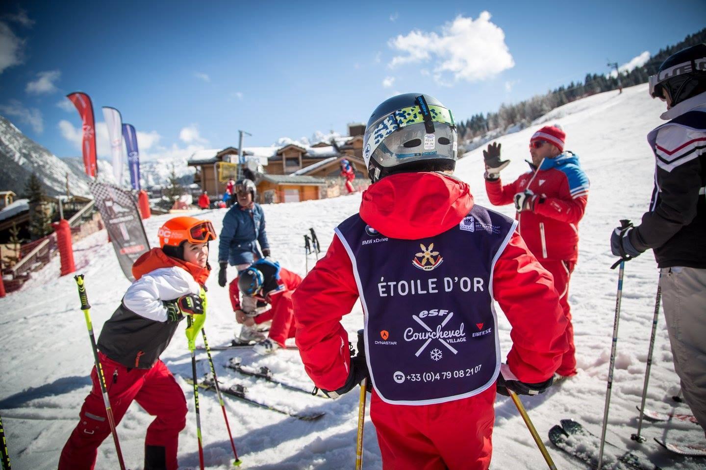 """Cours de ski Enfants """"Étoile d'or"""" (6-12 ans)"""