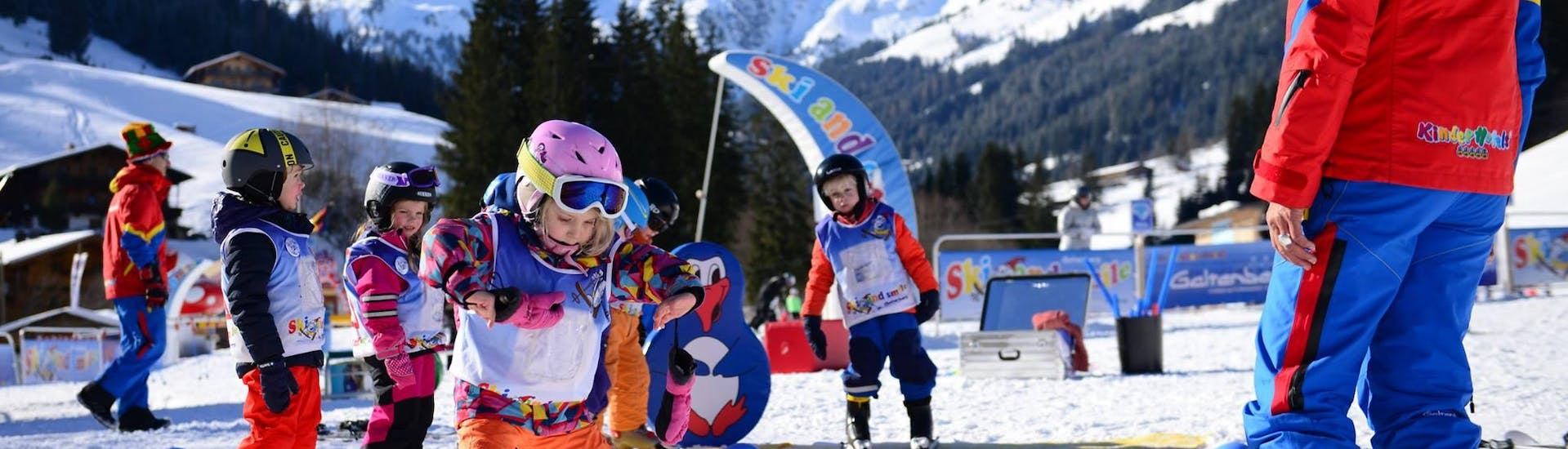 "Kids Ski Lessons ""Bambini"" (3-4 y.) for Beginners"