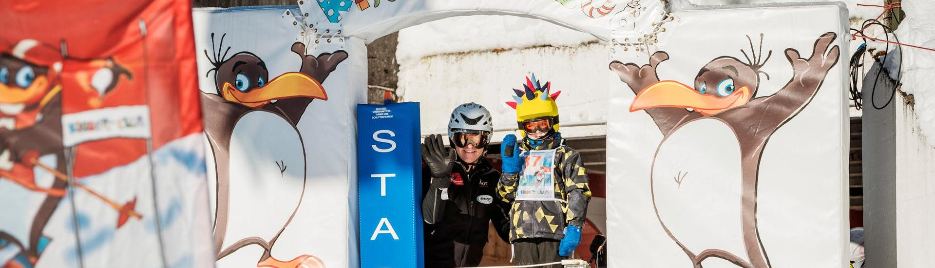 """Kids Ski Lessons """"Kids-Club"""" All-in-One (7-12 y.) with Skischule Busslehner Achenkirch - Hero image"""