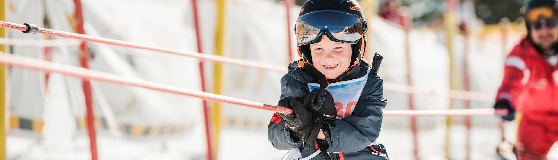 """Kids Ski Lessons MAX 4 """"All-in-One"""" (4-6 y.) with Skischule Busslehner Achenkirch - Hero image"""