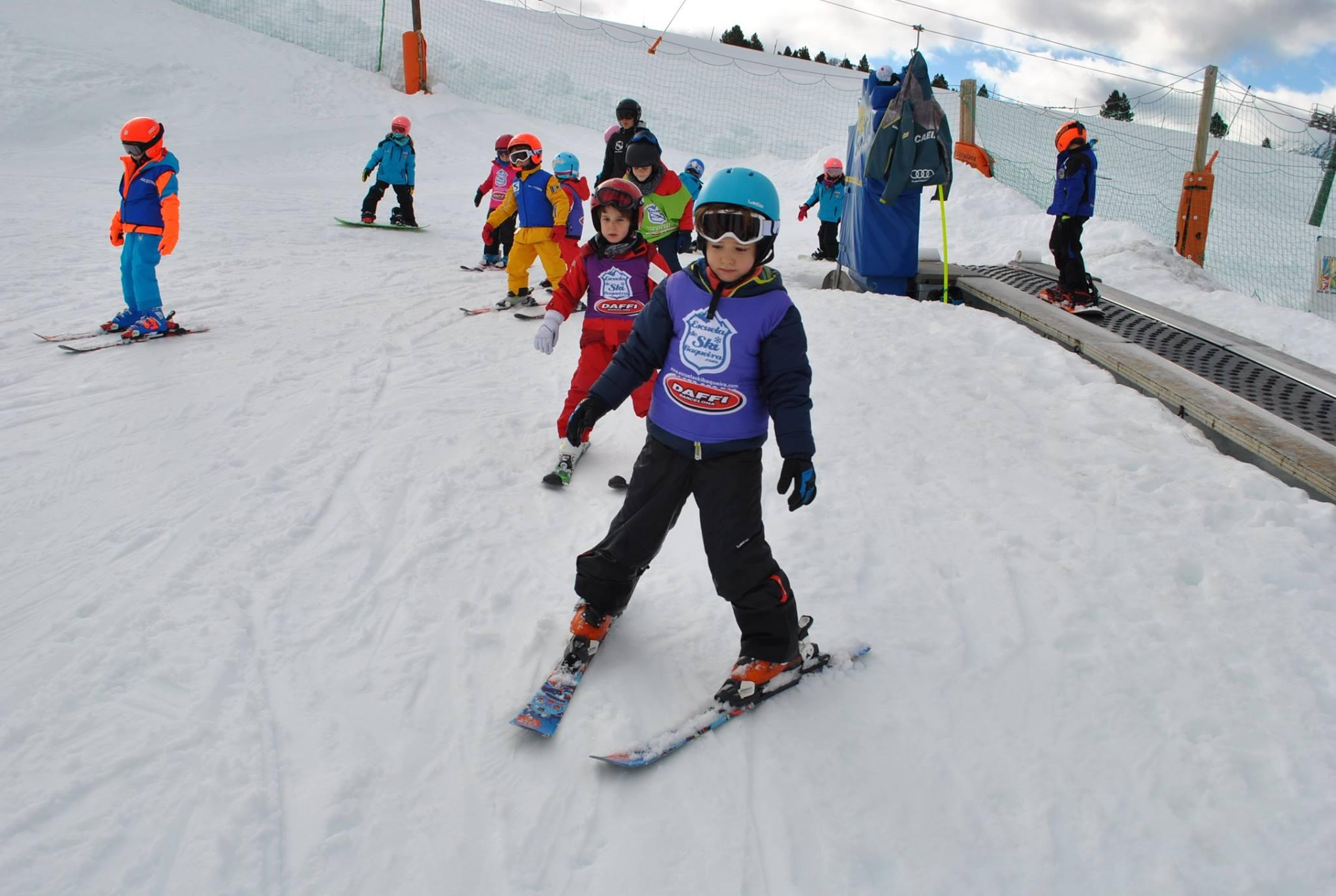 Clases de esquí para niños (4-17 años)