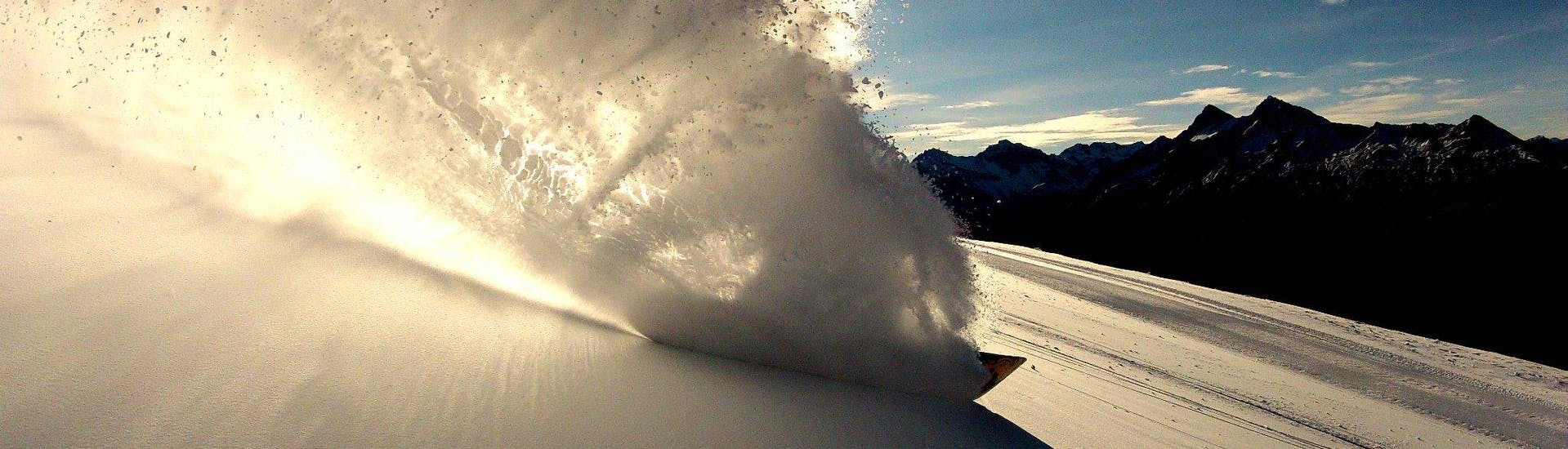 Moniteur de Snowboard Privé - Tous Niveaux & Âges avec École Suisse de Ski Obersaxen - Hero image