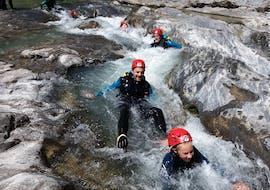 """Canyoning """"Aquatic"""" - Pyrenees"""