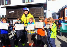 Ski Lessons for Kids (4-16 years) - First Timer