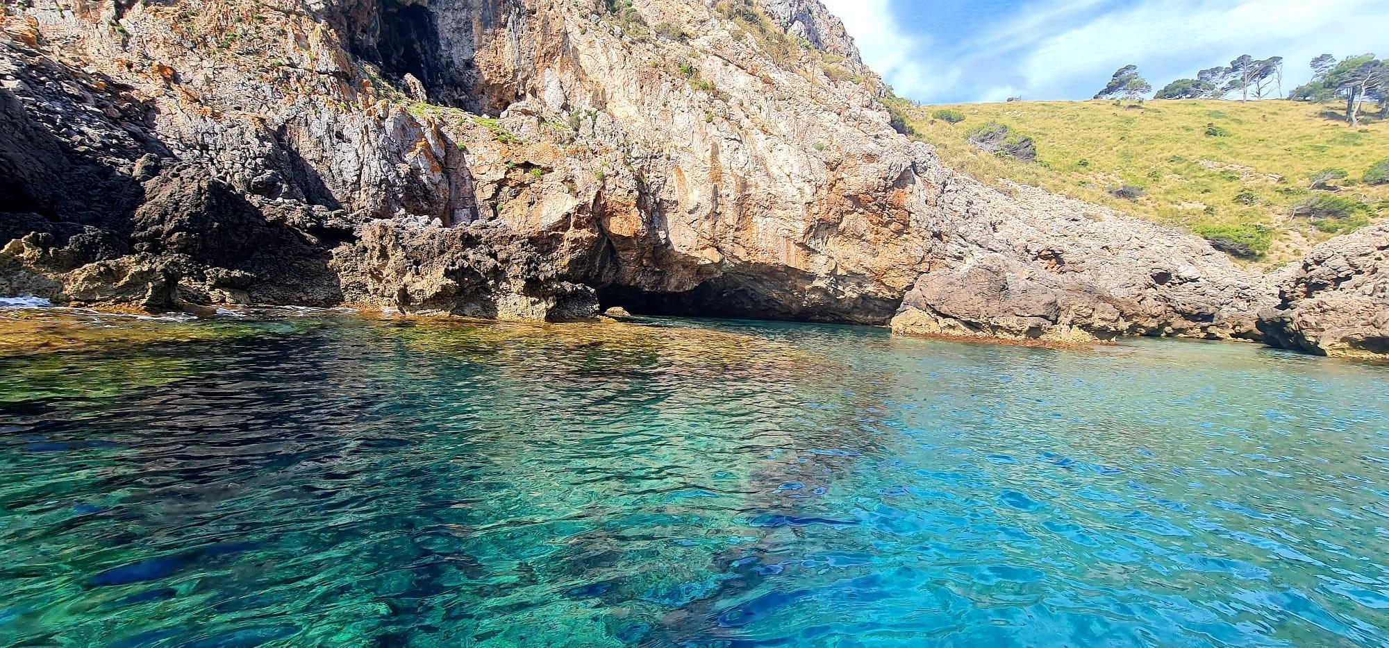 Jet Ski Safari to Jack Sparrow's Cave with Snorkeling