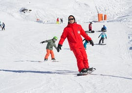 Snowboard Lessons for Kids (8-13 years) - All Levels
