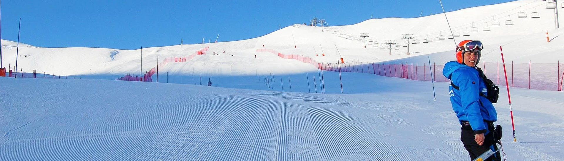 adult-ski-lessons-for-all-levels-escola-vall-de-boi-hero