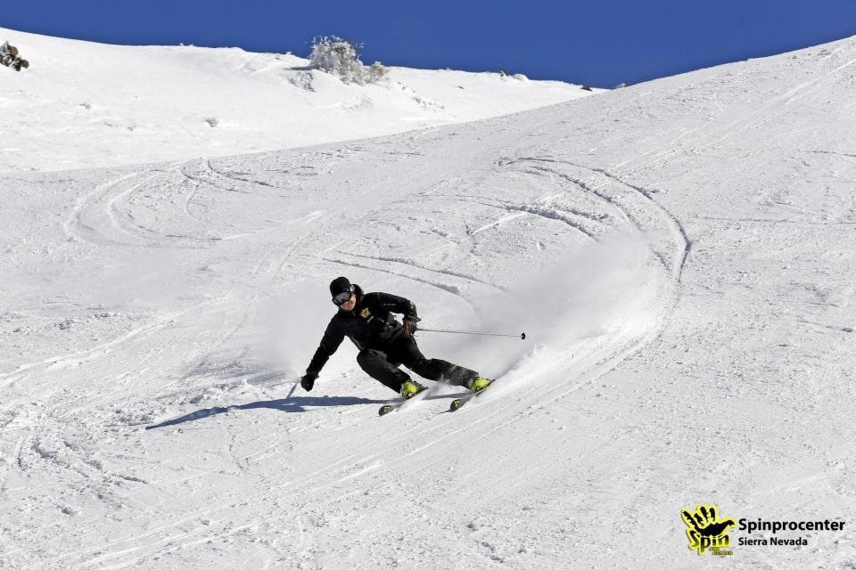 Clases particulares de esquí para adultos