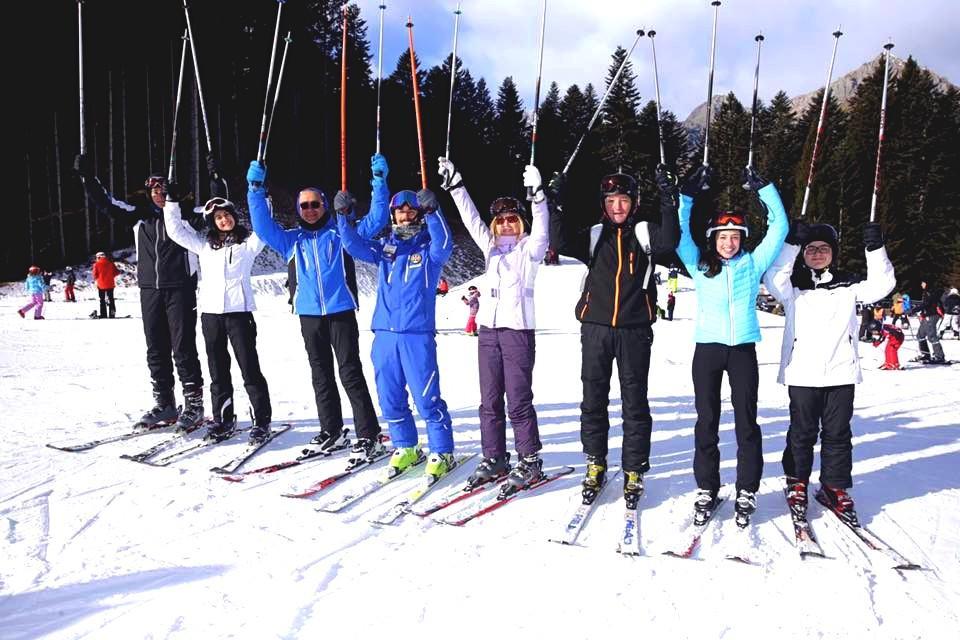 Clases de esquí para adultos para principiantes