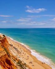 Cours de surf Albufeira (c) Shutterstock