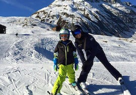 Children having fun at the Ski Lessons for Kids (6-10)- All Levels