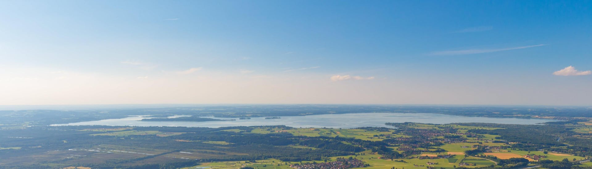 A hot air balloon ride over the ballooning hotspot of Chiemsee.