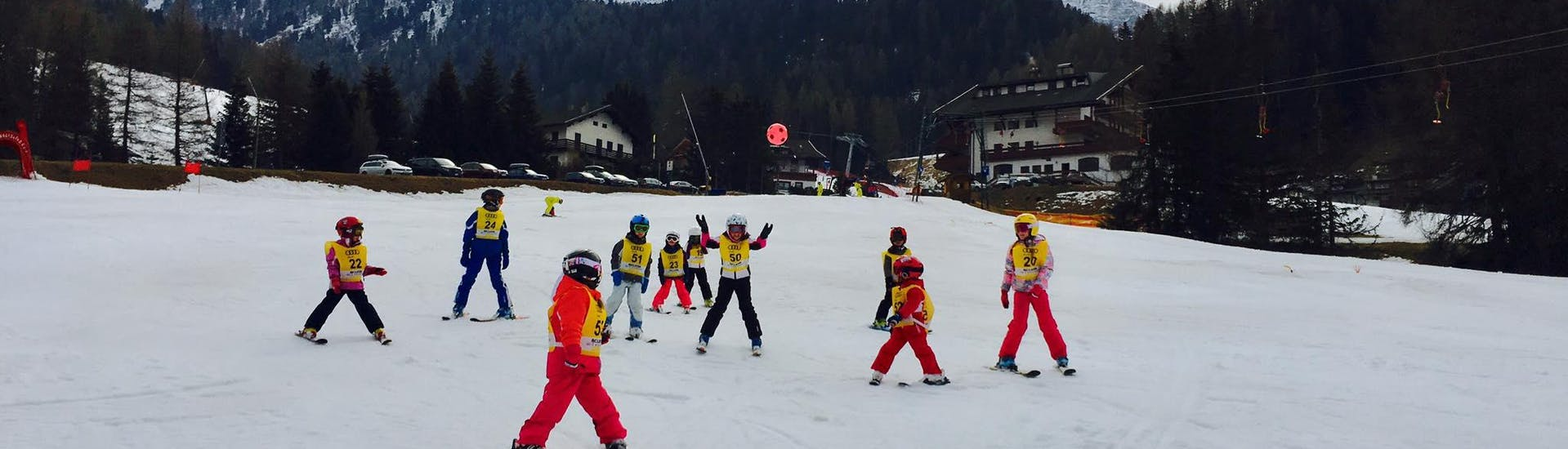 """Kids Ski Lessons (4-12 y.) """"Half Day"""" for All Levels with Scuola Sci 2000 Selva - Hero image"""