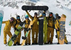Kids snowboarding course