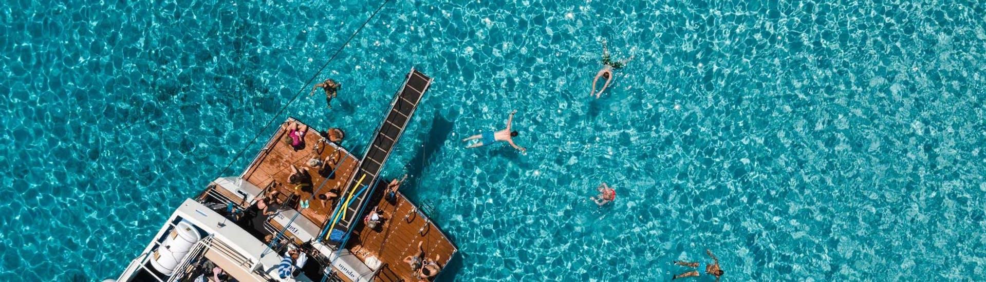 boat-tour-from-corfu-to-blue-lagoon-corfu-cruises-hero