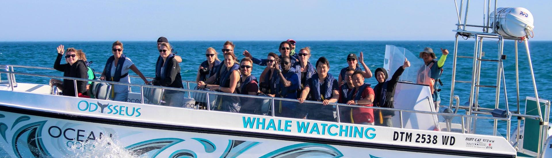A group of tourists is enjoying the Boat Tour from Knysna - Heads Adventure organised by Ocean Odyssey Garden Route.