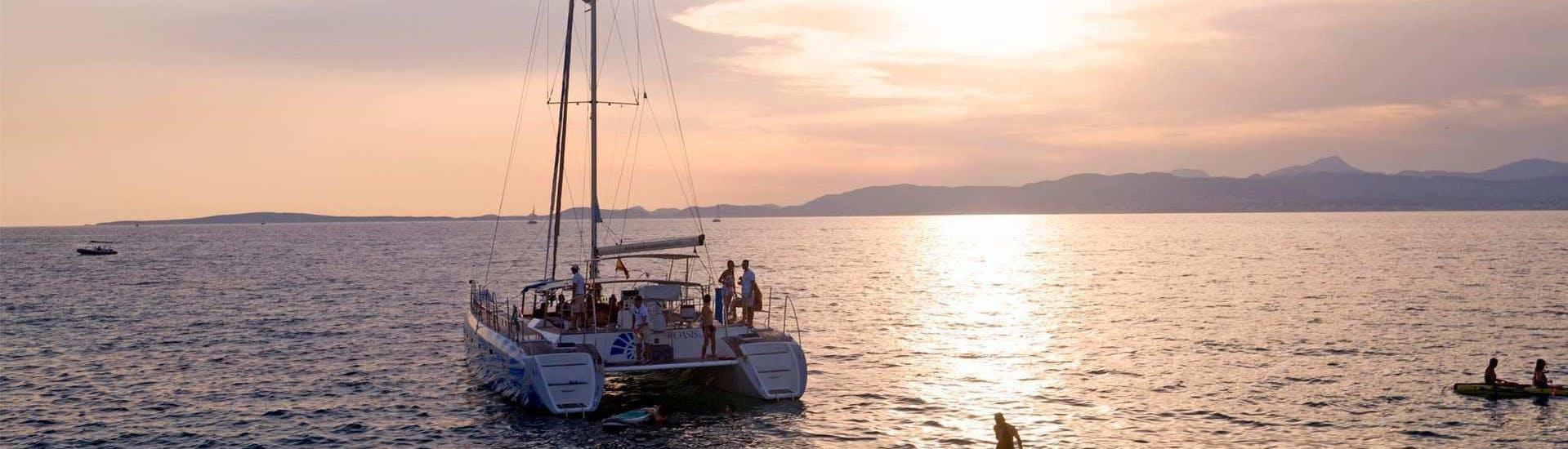 Sunset Catamaran Cruise in the Bay of Palma with Tapas