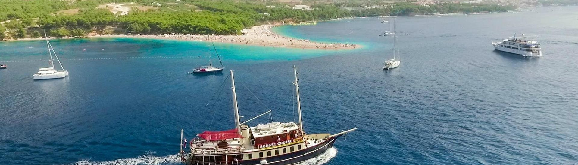 boat-tour-with-lunch-swimming-to-golden-horn-beach-bol-polaris-split-hero
