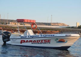 Navette martime entre Porto Lounge Bay et Comino avec Paradise Watersports.