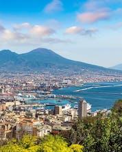 Boat tours Naples Shutterstock