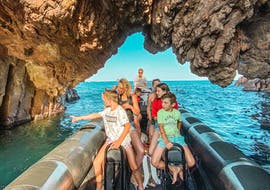 Family during the Boat Trip to the Estérel Natural Park with Black Tenders in Cannes.