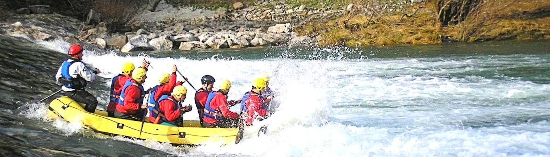 rafting-on-the-kupa-bachelor-party-gorski-tok-rafting-hero