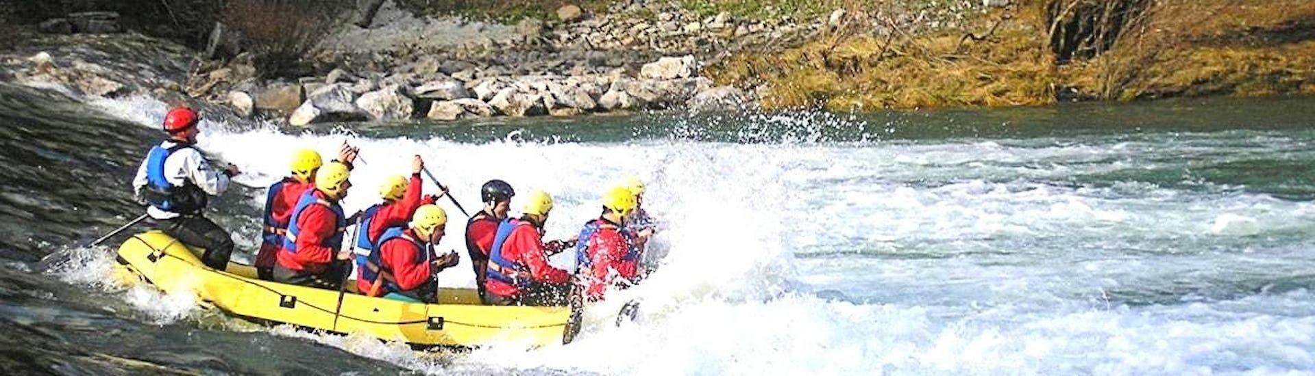 rafting-on-the-kupa-bachelor-party-gorski-tok-rafting-hero