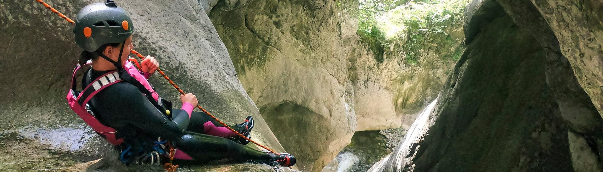 Adventurous Canyoning in the Chli Schliere Gorge