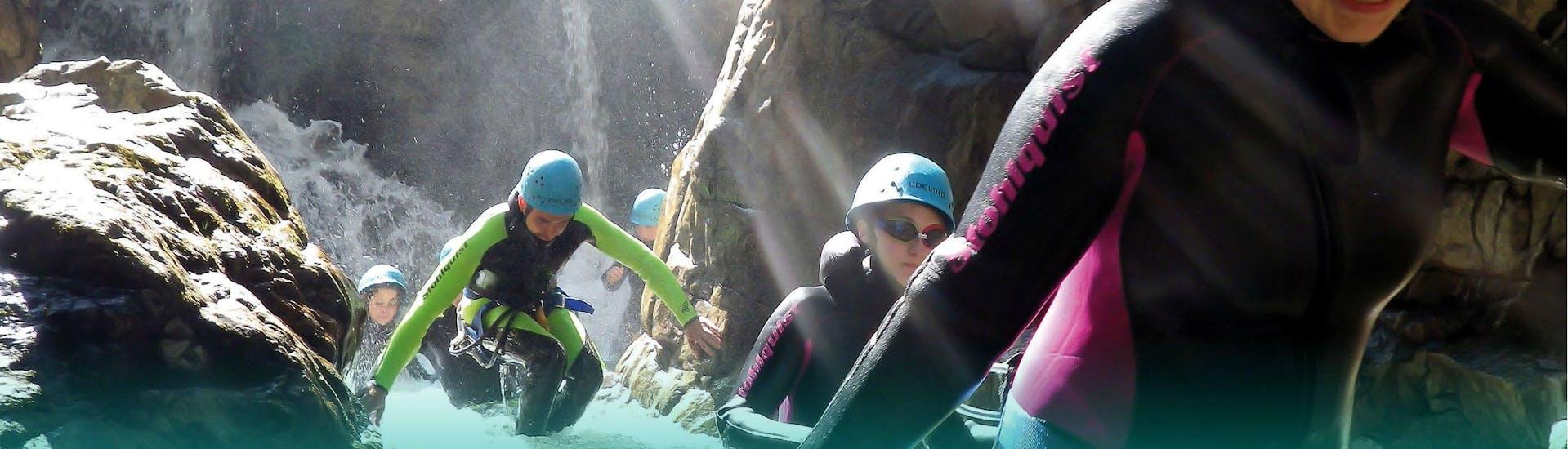 canyoning-for-beginners-first-steps-tour-adventurepark-osttirol-hero1