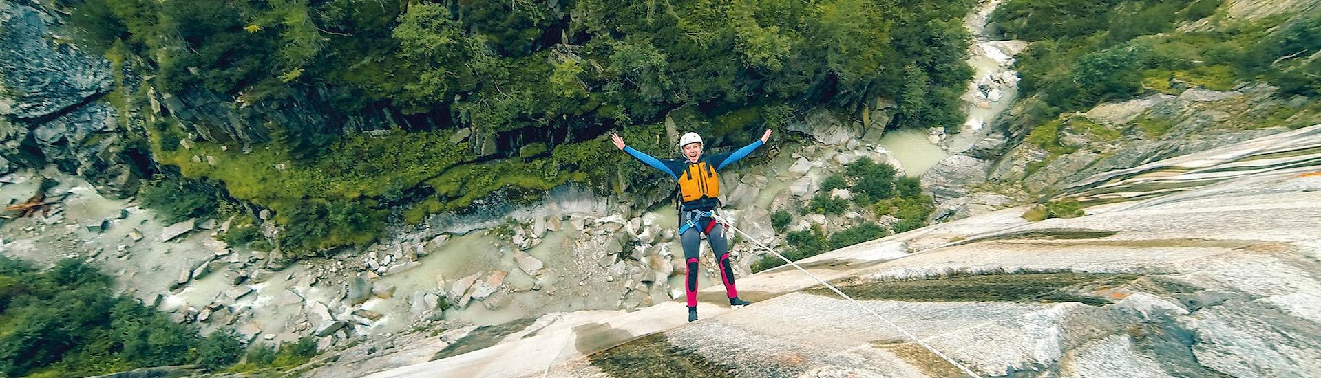 Canyoning in the Grimsel Gorge for the Brave