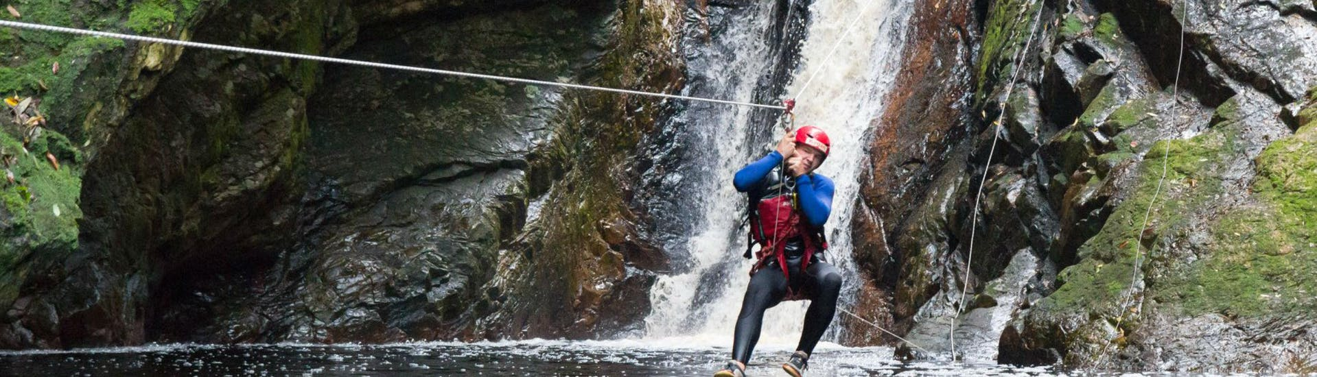 canyoning-in-the-crags-standard-full-monty-tour-africanyon-hero