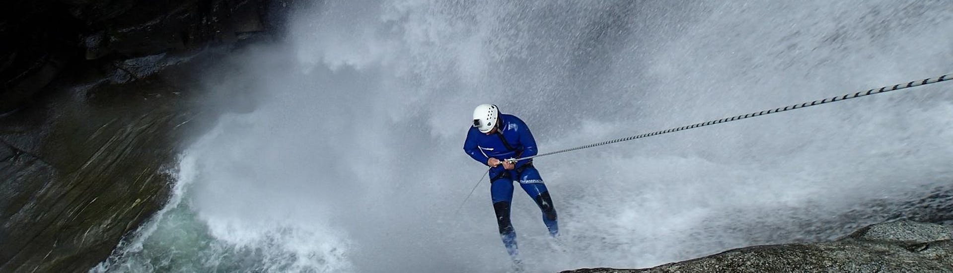 Canyoning for Adrenaline Junkies - Iragna