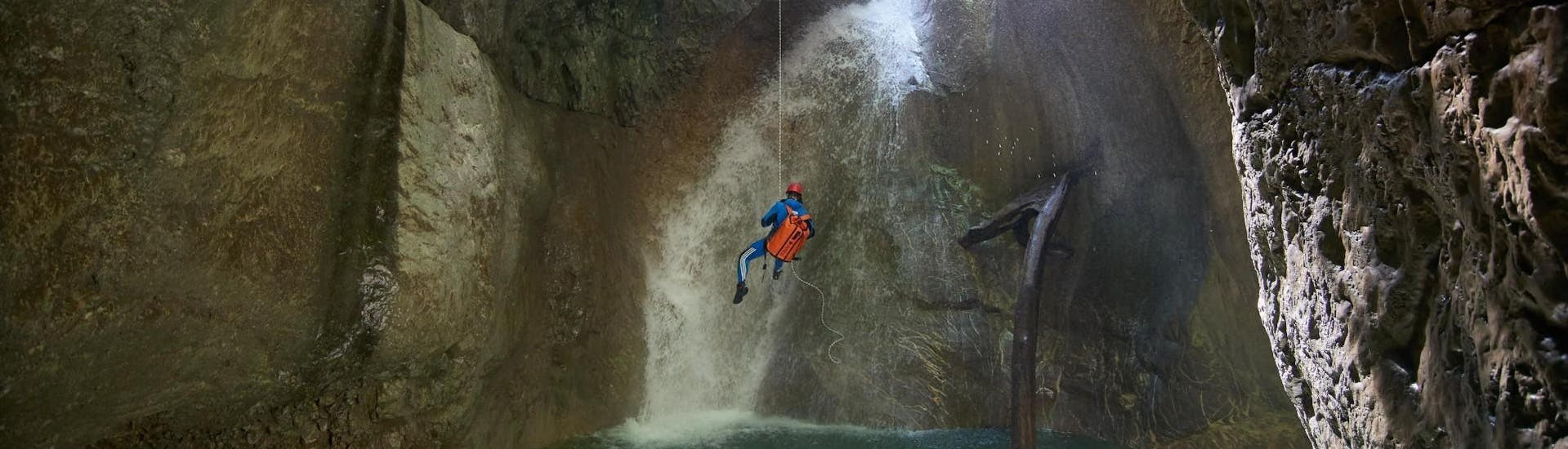 canyoning-jurassic---auerklamm-faszinatour-hero