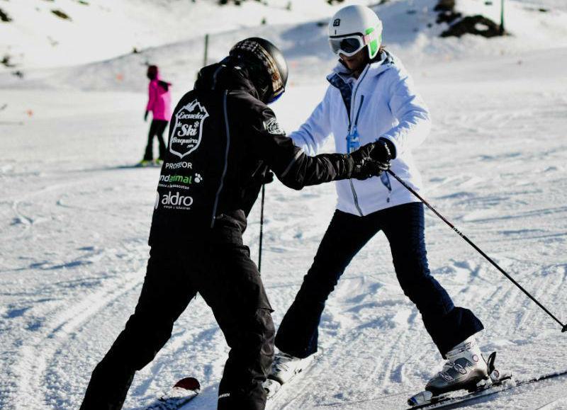 Clases de esquí para adultos (18+ años)