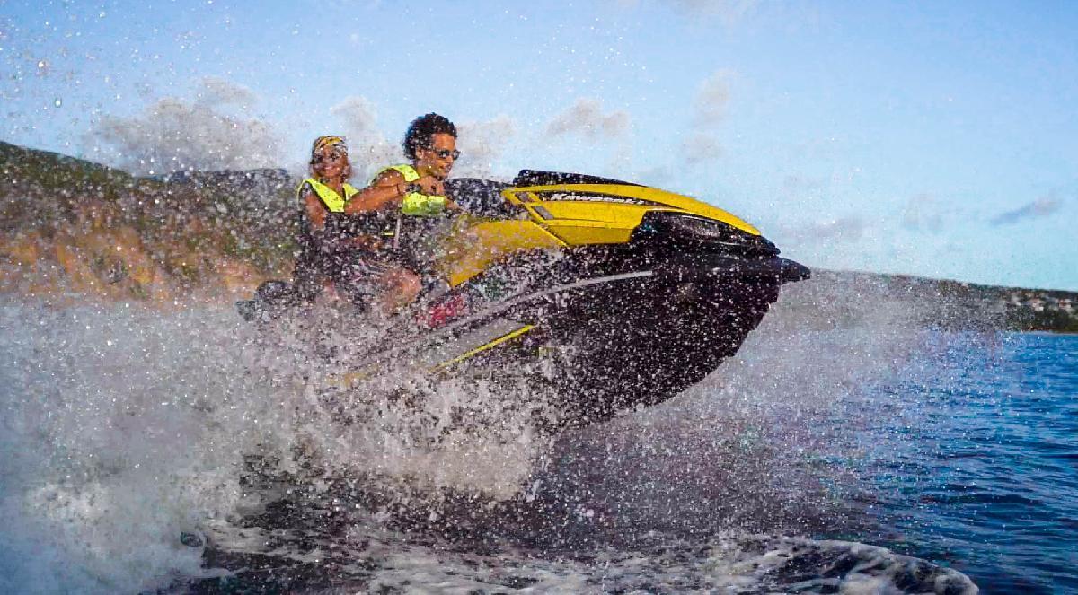 Jet Ski Safari in Réserve Cousteau