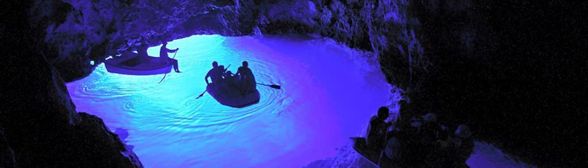 Private Boat Tour to Blue and Green Cave from Hvar