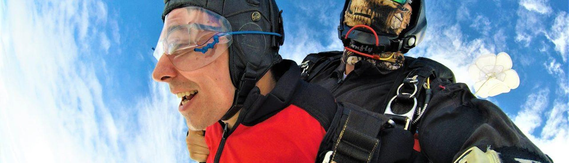 Tandem Skydive from 4000m - Black Forest