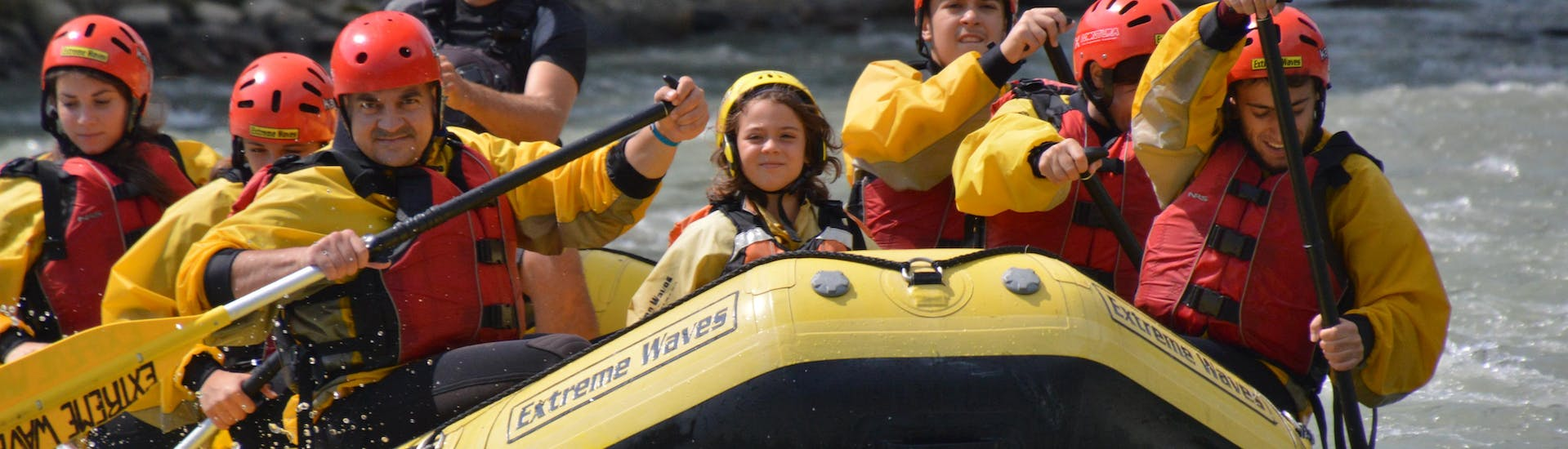 rafting-on-the-noce-for-families-classic-extreme-waves