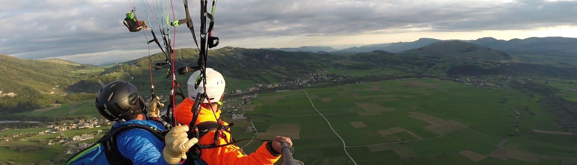 "Tandem Paragliding ""Discovery"" - Barre des Ecrins"