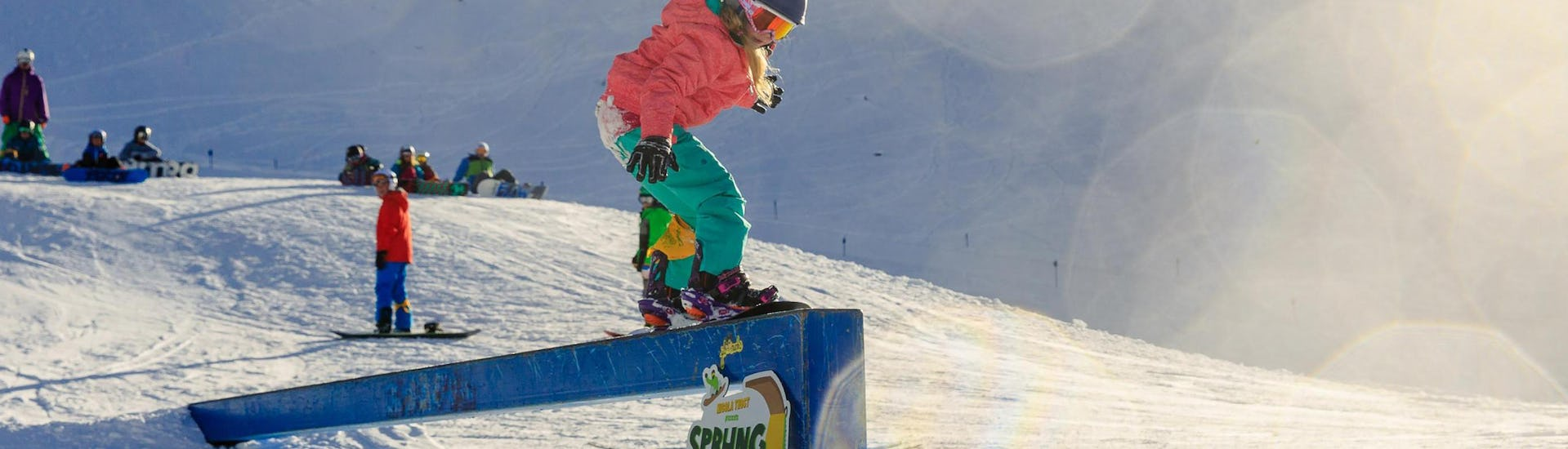 Snowboarding Lessons for Kids (from 7 years) - All Levels