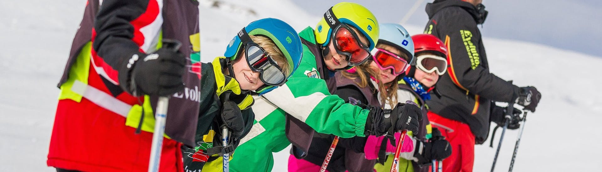 """[Bkp] Ski Lessons """"Morning"""" for Kids (6-18 years) - All Leve with Evolution 2 Tignes - Hero image"""