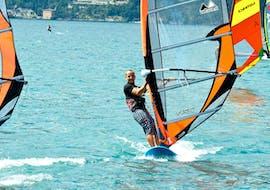 Windsurflessen in Navene vanaf 10 jaar voor alle niveaus