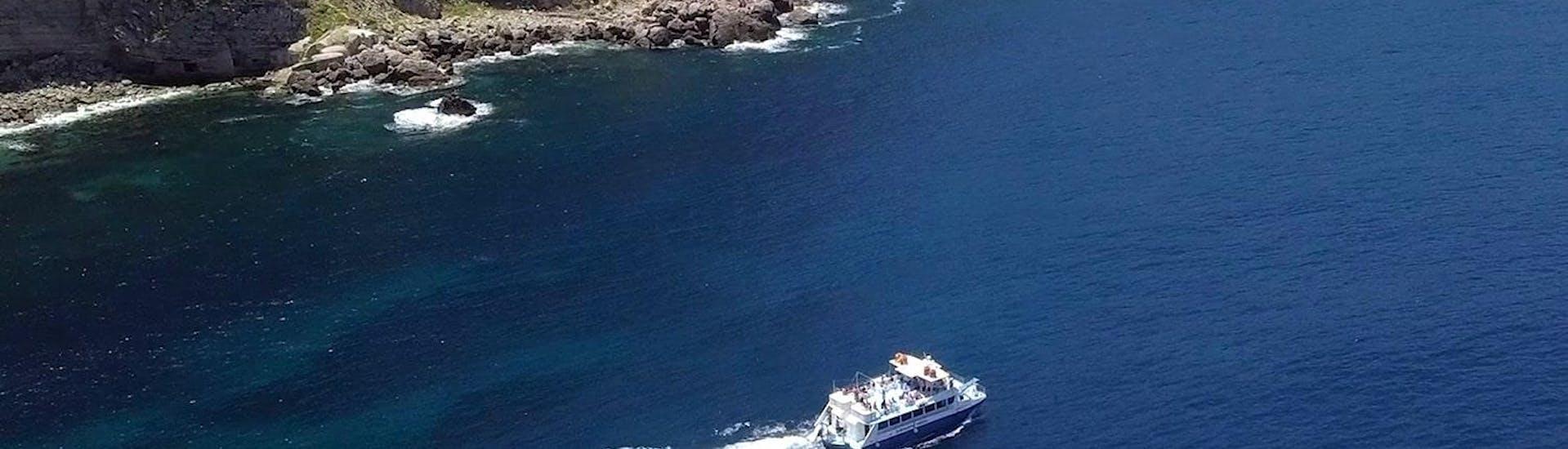 Paseo en Catamarán con Baño en Cala Bassa y Cala Conta
