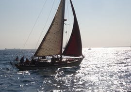 Exclusive Sunset Sailing Cruise from Barcelona