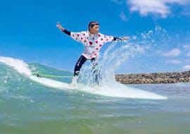 Surflessen in Anglet vanaf 7 jaar voor alle niveaus met Surf School Gliss'Experience Anglet