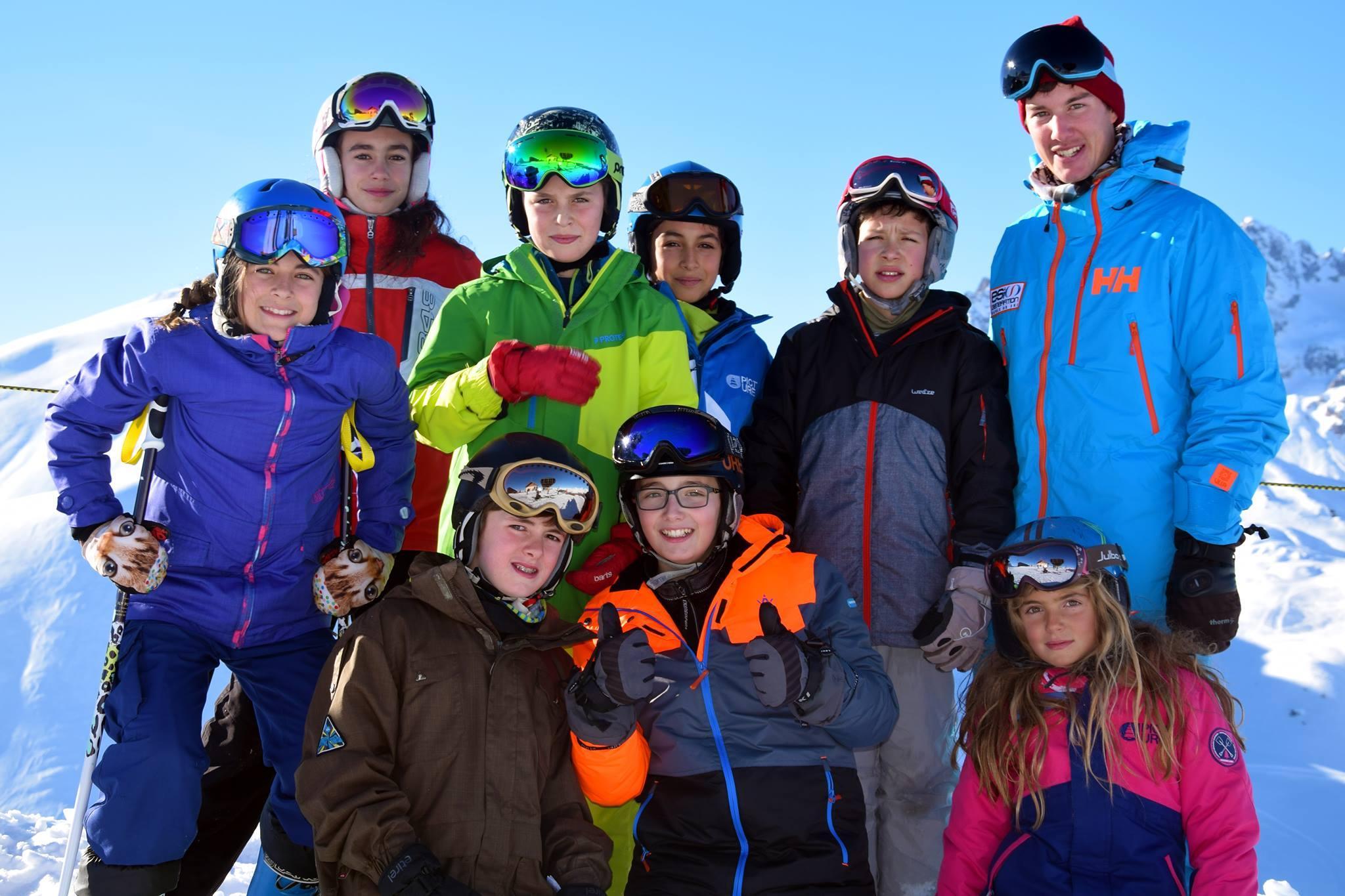 Cours de ski Ados (13-18 ans) pour Tous niveaux