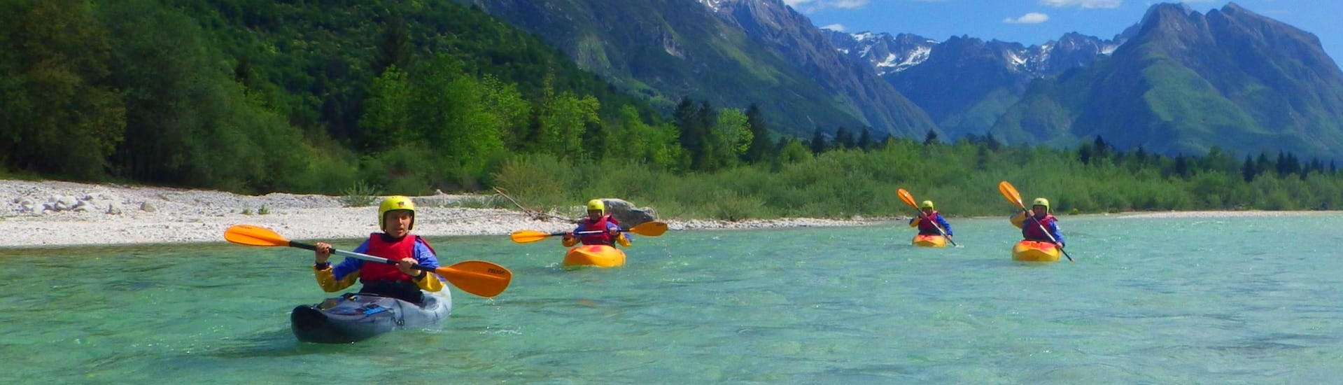 guided-kayak-tour-on-the-soca-river-top-rafting-hero